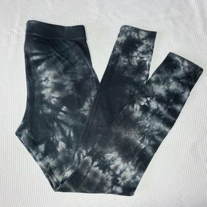 Victoria Secret PINK Tie Dye Leggings